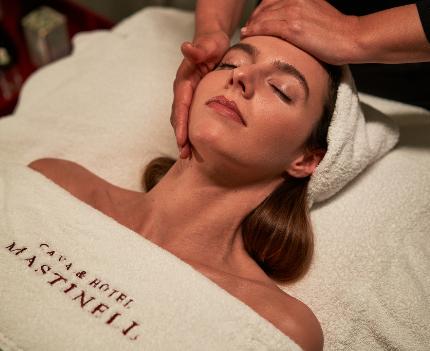 masaje relax servicios Mastinell hotel con bodega