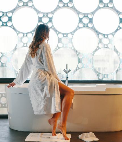 vistas baño suite Mastinell hotel con bodega