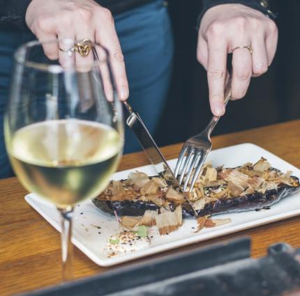Maridaje Restaurante En Rima Mastinell hotel con bodega