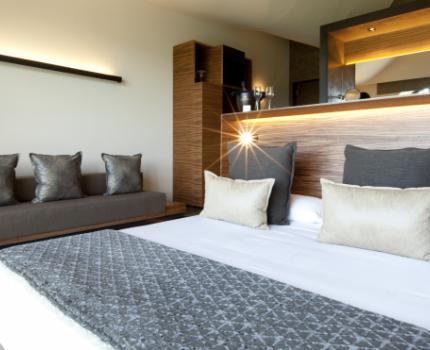 detalle habitación hotel con cava Mastinell