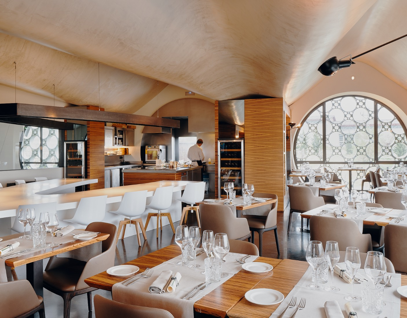 espacio restaurante En Rima Mastinell hotel con bodega